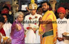 Yaduveer Wadiyar Mysore's new king