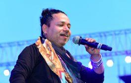 Kailash Kher pays 'Baahubalish' tribute to national cultural fest – Alva's Virasat-2018